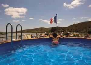 Crucero fluvial piscina