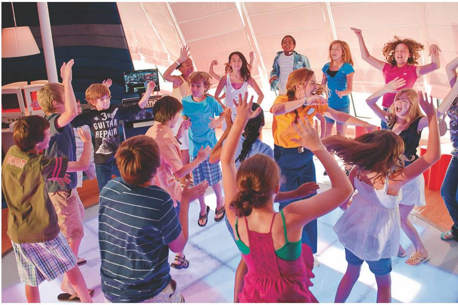 zona para niños y actividades crucero Disney