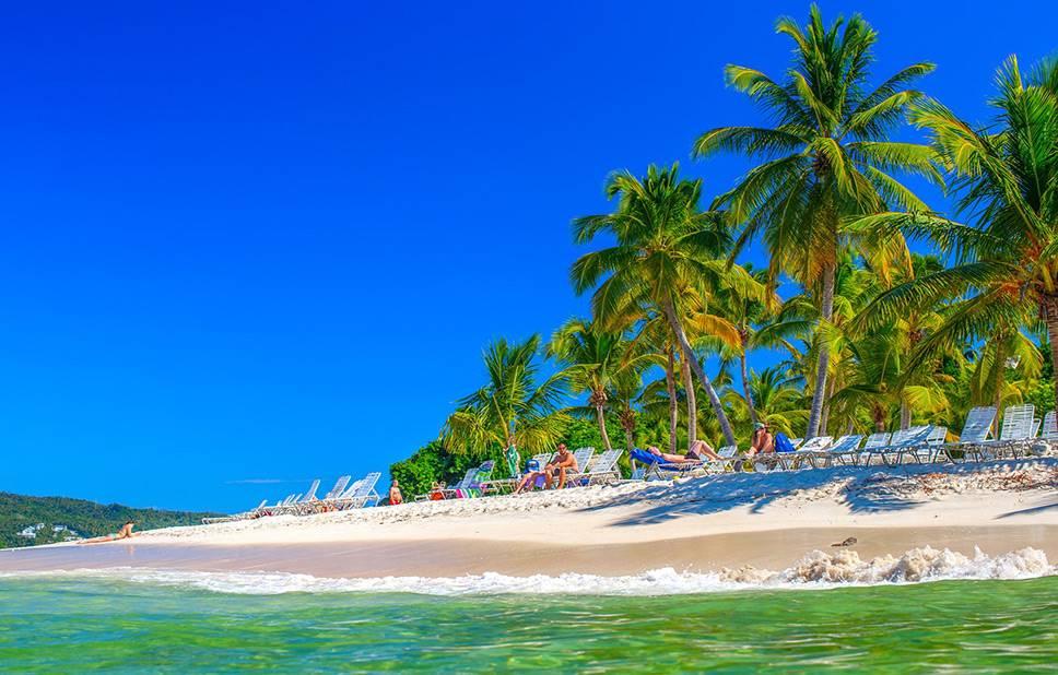 Playas con arena blanca en Caribe