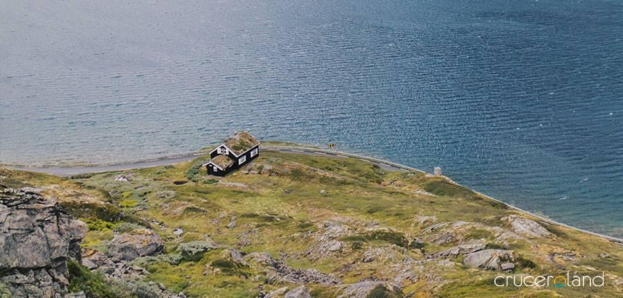 Navegación por los pueblos de los fiordos noruegas