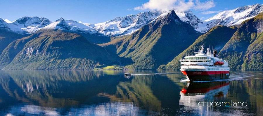 Viajes de exploración y aventura en crucero